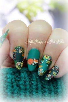 Foxy freehand nail art ♥ https://www.facebook.com/shorthaircutstyles/posts/1762378657385907