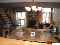 $940 2 Bedrooms + Loft, 2 Baths, Sleeps 9 Mammoth Lakes condo rental