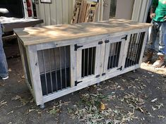 Before placing order, please message me to make sure the shipping is correct! More times than not, the shipping is cheaper depending on where I am shipping it to! I am happy to give you a free quote! This is a beautiful Dog Kennel made from American Pine. Easy to clean and easy to