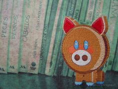 little riddles (2003). Dos bordados a mano sobre transfer fotográfico en tela de algodón. Medidas 150 x 90 cm c/u. #bordado #hechoamano #handmade #embroidery