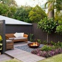 feuerstelle garten 7 Small Backyard Seating Area Ideas That Work Best Backyard Seating, Small Backyard Landscaping, Backyard Garden Design, Small Garden Design, Fire Pit Backyard, Garden Seating, Patio Design, Backyard Ideas, Small Patio