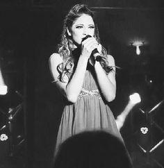 Violetta cantando Mi mejor Momento
