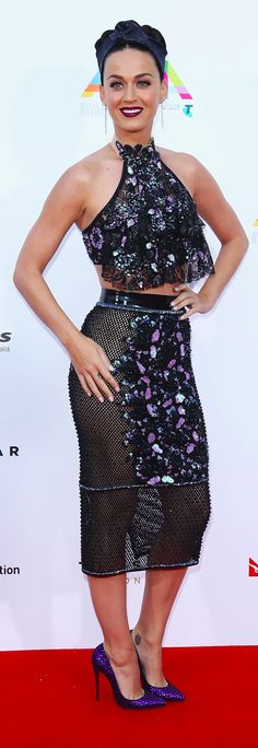 Pin for Later: Welches Outfit schreit mehr nach Katy Perry?