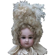 Absolutely wonderful and very beautiful french  wire framed bonnet for your favorite doll!  Cream silk, silk gauze,  silk ribbons, Valenciennes lace,