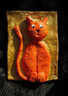Orange cat salt dough Salt Dough Projects, Clay Projects, Cat Crafts, Crafts For Kids, Arts And Crafts, Kids Clay, Salt Dough Ornaments, Clay Figurine, Homemade Christmas Gifts