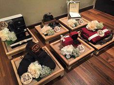 Wedding Hamper, Wedding Gift Boxes, Wedding Favors, Diy Wedding, Wedding Gifts, Muslim Wedding Ceremony, Wedding Mandap, Desi Wedding Decor, Wedding Decorations