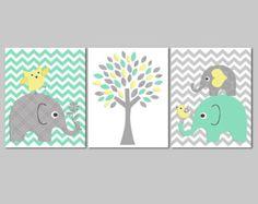 Pépinière d'éléphant jaune et