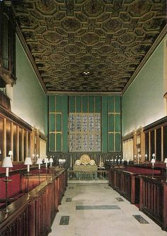 The Chapel Royal, St James's Palace St James's Palace, Royal Palace, Tudor History, British History, Royal Residence, Westminster Abbey, Saint James, Cathedrals, Mosques