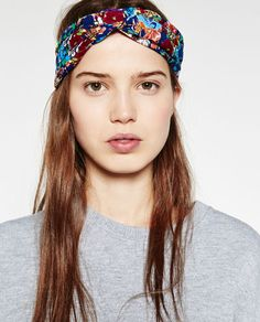 Image 2 of FLORAL TURBAN HAIRBAND from Zara