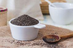 Chiafrø er proppfulle av fiber, kalsium og omega-3. Bruk dem i alt fra frokost til dessert. Samling av ulike oppskrifter -masse nam! Kan tilpasses LCHF