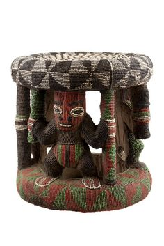 Most Bamileke art (and the work of other kingdoms of the Cameroon Grasslands) relates to kings and important chiefs, who defined their power by the display of prestige objects during important ceremonies. Stools were among the most important of these objects.