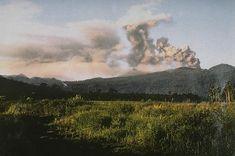 Ash plume eruption reported at Dukono volcano (Halmahera Island, Indonesia)