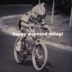 Happy weekend riding everyone! .  Please #cyclelikeagirl to share your stories and follow @cyclelikeagirl to promote women's cycling together .  #weekendride #weekend #womenscycling #cycling #bike #bici #roadbike #mtb #mountainbike #cyclocross #cx #track #trackcycling #triathlon #garmin #funny #btte #braverthantheelents #funnycycling #yourrideyourrules #strava #stravaproveit #likeagirl #tri #cyclingphotos