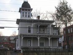 Winthrop W Dunbar House Bristol, CT