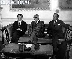 Robert Kennedy durante su visita a Venezuela, se entrevista con el Presidente Raúl Leoni. Caracas, 01-12-1965. (ARCHIVO EL NACIONAL)