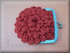Artes da Narinha: Bolsinha Flor/Porta Moedas em Crochet com PAP -///-  carteira flor 1º