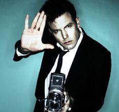Golden Globes edition:  today's über-cool celebrity with an über-cool Rolleiflex camera is Argo director BEN AFFLECK