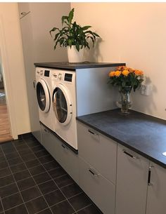 Küchen Design, House Design, Utility Room Designs, Laundry Room Inspiration, Shelter Island, Furniture Factory, Laundry Room Design, Interior Stylist, Washing Machine