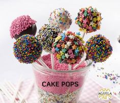 More cake pop❤ Oreo, Chocolates, 21st Cake, Birthday Cake Pops, Cake Pop Sticks, Minnie Mouse Cake, Valentines Day Food, Cake Ingredients, Food Humor