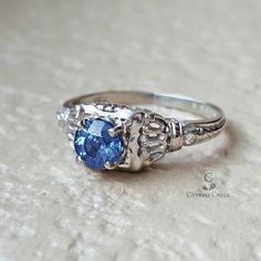 Vintage Antique Art Deco Sapphire Diamond Engagement Ring in 18k White Gold Size 5.5