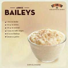 Arroz con lechePreparación:  Calienta la leche y agrega el arroz al primer hervor. Baja el fuego y cocina durante 45 minutos, añade el café y después el azúcar. Para cerrar con broche de oro, añade Baileys.
