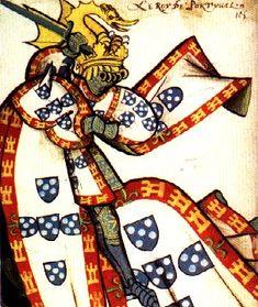 Rei de Portugal, vestido para um torneio com as armas reais.