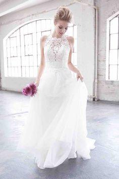 Madison James wedding dress for a beach wedding