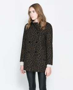Image 2 of PRINTED DOUBLE BREASTED COAT from Zara