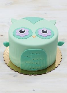 Olivia the Owl Cake | Whipped Bakeshop