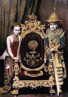 King Thibaw, the last king of Burma, and Queen Su Paya Latt, Reigned 1 October 1878 – 29 November 1885