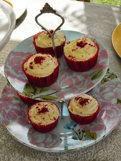 Red velvet cupcakes and mutton curry recipes are shared from Stuffed Feeling's Mother's Day lunch with a twist Home Made Cream Cheese, Make Cream Cheese, Cream Cheese Icing, Mutton Curry Recipe, Red Velvet Recipes, Red Velvet Cupcakes, My Cookbook, Curry Recipes, Creative Cakes