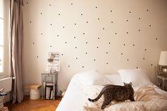 TOUCH esta imagen: Stickers muraux by The Socialite Family Home Bedroom, Bedroom Decor, Deco Stickers, Sticker Deco, My Ideal Home, Interior Decorating, Interior Design, Kids Decor, Home Decor