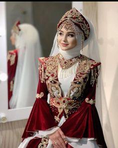 Muslimah Wedding Dress, Muslim Wedding Dresses, Wedding Dresses For Girls, Girls Dresses, Pakistani Fashion Party Wear, Pakistani Wedding Outfits, Pakistani Dress Design, Beautiful Long Dresses, Unique Dresses