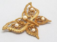 Vintage Butterfly Brooch with Open Wings Imitation Pearls Goldtone Pin by Dawnjewels on Etsy