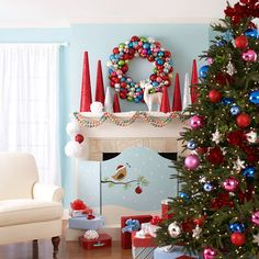 We love the fun and unconventional color scheme in this Christmas tree picture. Find more looks here: http://www.bhg.com/christmas/trees/christmas-tree-pictures/?socsrc=bhgpin112714brightandbubblychristmastree&page=7