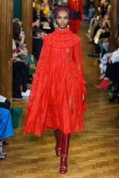 Erdem Fall 2019 Ready-to-Wear Collection - Vogue Dolly Fashion, Vogue Fashion, Red Fashion, Fashion Week, London Fashion, Runway Fashion, Spring Fashion, High Fashion, Street Fashion