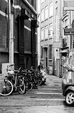 Photography by Stefany Roszczyn: Amsterdam, the streets