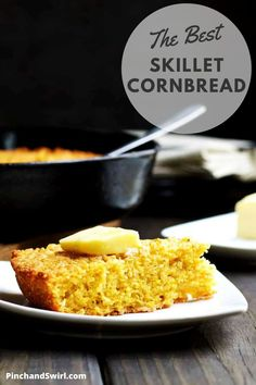 True Southern Style Skillet Cornbread is tender and light inside and buttery crisp on the outside. It's taken me years to perfect this recipe and I'm so excited to share it! (yeastless, no yeast bread) Potluck Side Dishes, Side Dishes Easy, Best Skillet, Easy Make Ahead Appetizers, No Yeast Bread, Skillet Cornbread, Easy Party Food, Quick Healthy Meals, Country Cooking