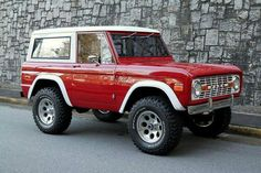 would look better in black and silver diamond plates instead of red and tan but still! I'd drive it!
