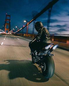 Motorbike Girl, Motorcycle Style, Biker Boys, Biker Girl, Style Moto, S1000r, Ride Out, Bike Photoshoot, Motorcycle Wallpaper