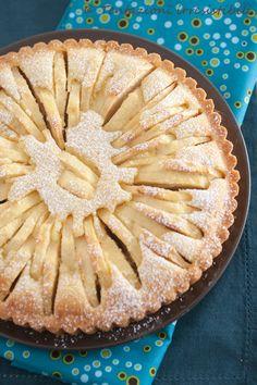 torta di mele in pasta frolla con crema alle mandorle #recipe #juliesoissons