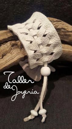 woven leather bracelet, would be cool for a pillow decoration too. thick white genuine leather weave bracelet has an adjustable strip with beads fits wrist Leather Art, Leather Design, Leather Cuffs, Leather Tooling, Leather And Lace, White Leather, Real Leather, Leather Earrings, Leather Jewelry