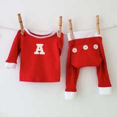 d280759e9f56 17 of the Cutest Christmas Pajamas for Kids