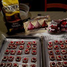 Valentine pretzel buttons!