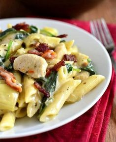 Chicken, Bacon and Artichoke Pasta with Creamy Garlic Sauce by Iowa Girl Eats- minus artichokes and spinach and zach would probably eat this! Cookbook Recipes, Pasta Recipes, Chicken Recipes, Cooking Recipes, Healthy Recipes, Sauce Recipes, Recipe Pasta, Recipe Chicken, Italian Dishes