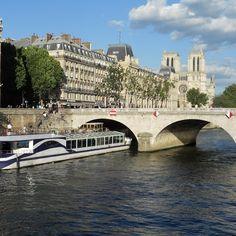 Seine River and Notre Dame #Pariscityvision #Parisjetaime #notredame #Paris