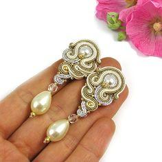 Da sposa Orecchini Vintage stile avorio perla di byPiLLowDesign