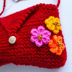 Little Red Knitted Shoulder Bag - Hot Flowers, Paradis Terrestre - Quality Greeting Cards, Gifts, Hand Knits, Luxury Christmas Decorations, ...