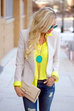 Gelbes Kleid oder Accessoires als super aktueller Trend - Sommer Kleider Ideen Best Blazer, Look Blazer, Tan Blazer, Blazer Jeans, Casual Blazer, Blazer Jacket, Trajes Business Casual, Business Casual Outfits, Office Outfits