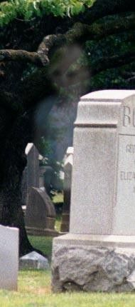 Ghost Photo: Graveyard Girl
